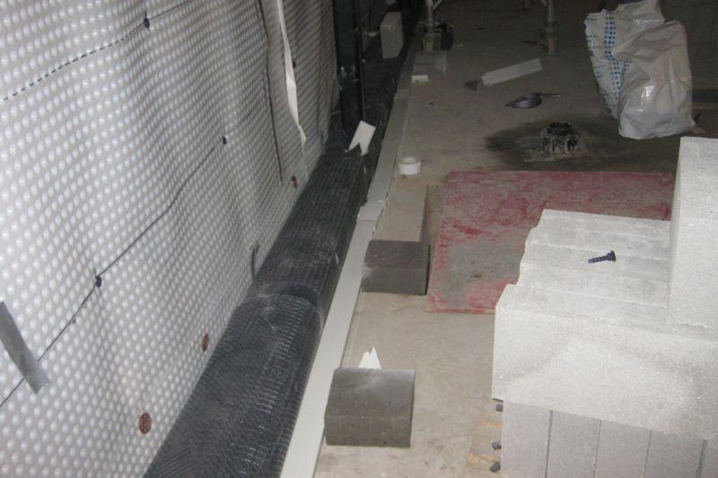 Newton 508 Membrane Applied To a Retaining Wall