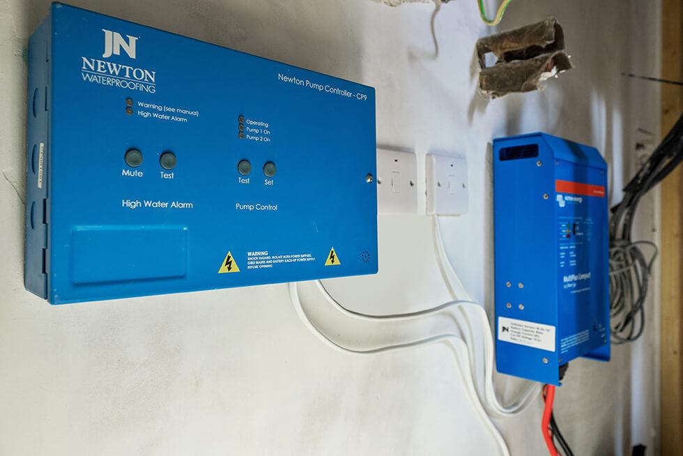 Newton Control Panel and Inverter